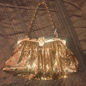 Vintage Whiting and Davis gold chain mail bag